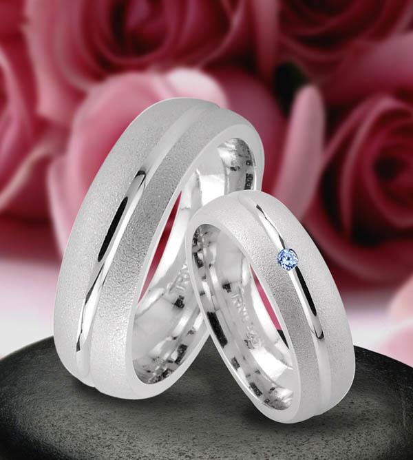 Verlobungsringe silber  Trauringe Eheringe Verlobungsringe mit echten Blautopas , Silber ...